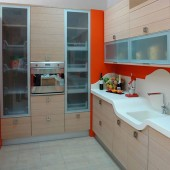 CABINET DOORS WITH ALUMINUM FRAME AND GLASS PROFILE